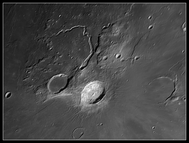 schroter's valley and aristarchus