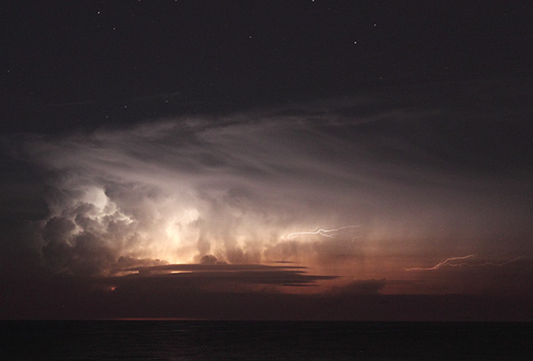 thunderstorm at sea, haifa 2012
